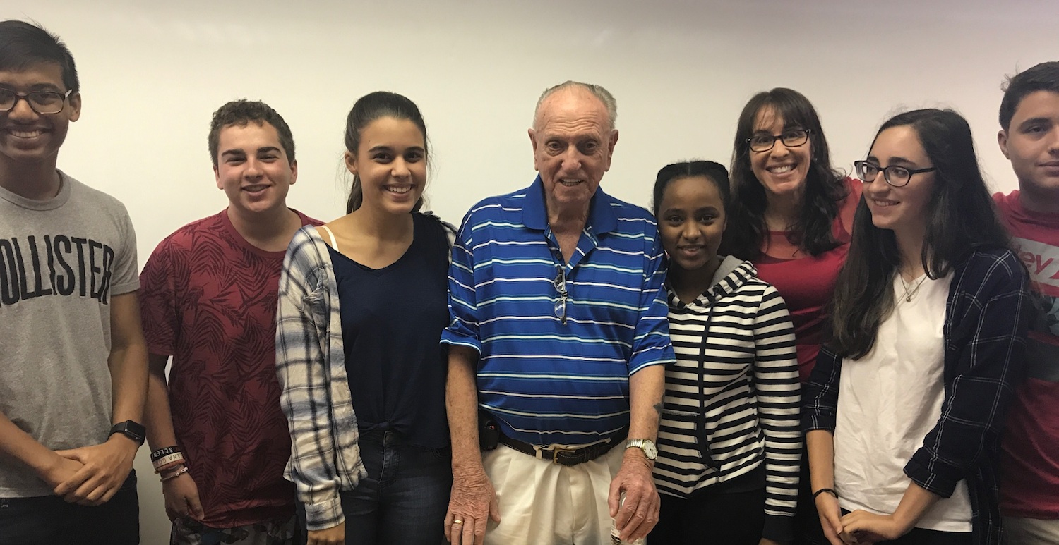 Holocaust survivor Leon Schagrin Schamis with students